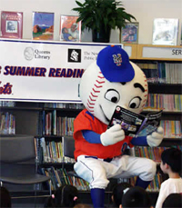 Mr. Met Learns to Read the Playbook