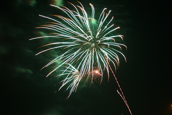 coreyhulse_fireworks_086_080704-023256