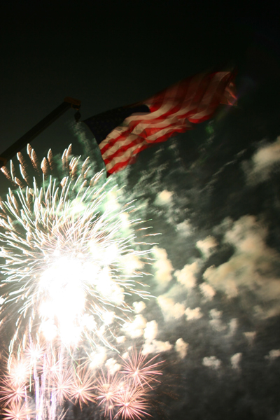 coreyhulse_fireworks_126_080704-025020