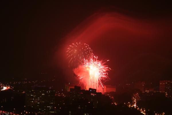 coreyhulse_fireworks_131_080705-034550
