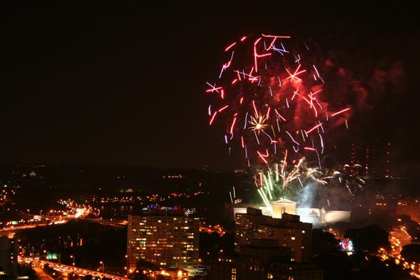 coreyhulse_fireworks_153_090704-215142